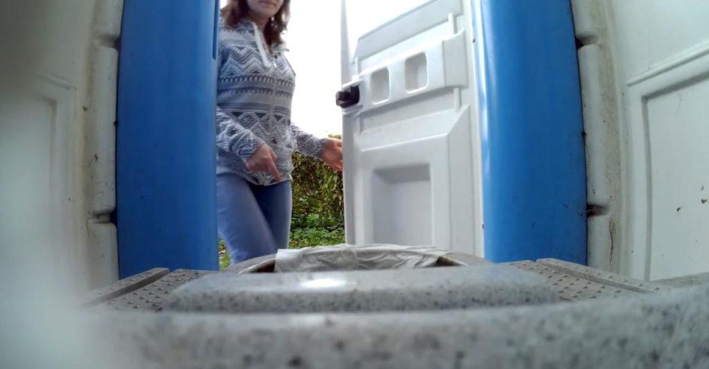 Bio Toilet in The Park 2 - voyeurzona