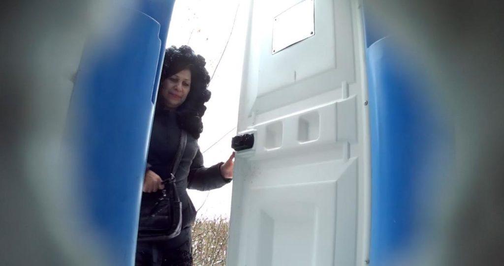 Bio Toilet in The Park 9 - voyeurzona